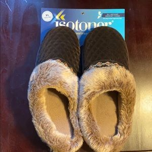 Isotoner Dark Chocolate Slippers 9.5-10